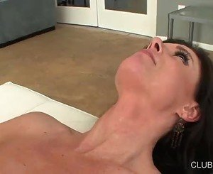 Randy Brett Rossi tongue fucks India Summers' slot