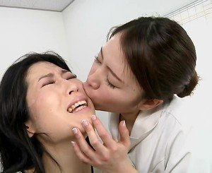 Japan lesbian spitting massage spa Subtitles
