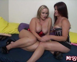 Married Lesbians Squirting on Each Other